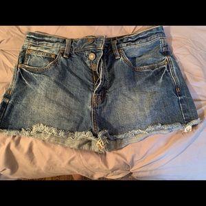Free people size 29 jean shorts